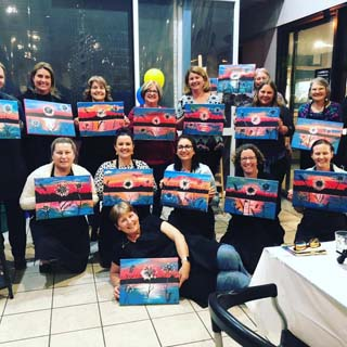 brisbane adult art classes at paint n pour art studio