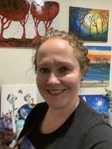 Liz, Paint n Pour Art Studio Brisbane