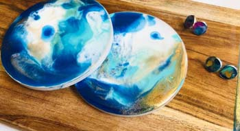 resin adult art classes Brisbane at Paint n Pour Art Studio